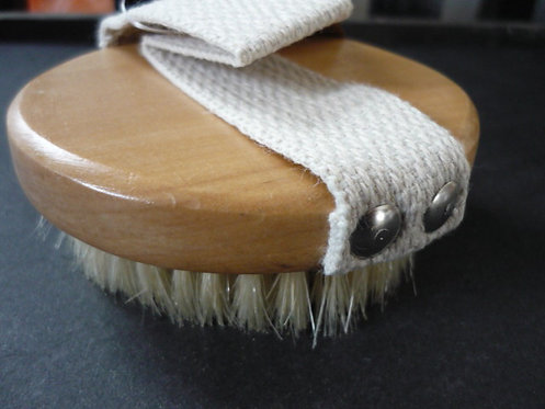 Dry Brushing Natural bristle brush