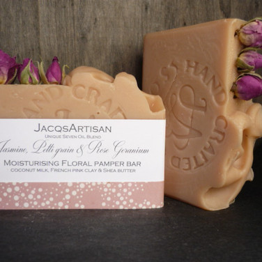 Floral pamper coconut milk bar pink clay