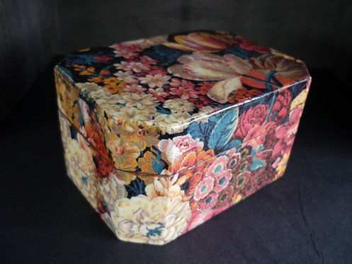 Tulip'in Blue Decoupage box