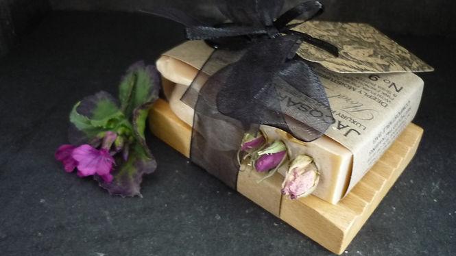 Single soap & slatted soap dish gift set