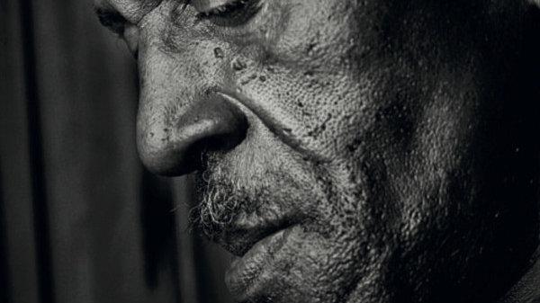 Gregory Isaacs–Poor Man In Love