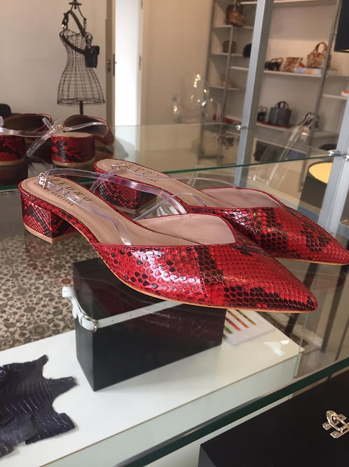 Scarpin Chanel Python Cereja