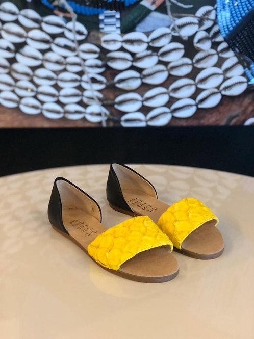 Flat Martha Pirarucu amarela