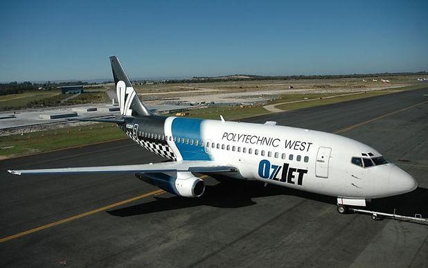 737 Poly.jpg