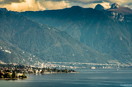 Vevey Montreux https://www.flickr.com/photos/dirtybet/22801937824/in/dateposted-public/