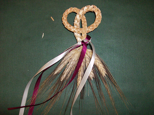 Lucky in Love Knot