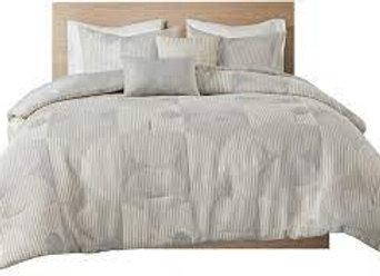 Otto Matelasse Jacquard Comforter Set-2329