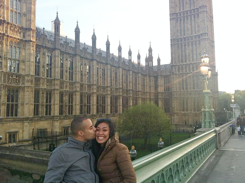 Big ben kisses