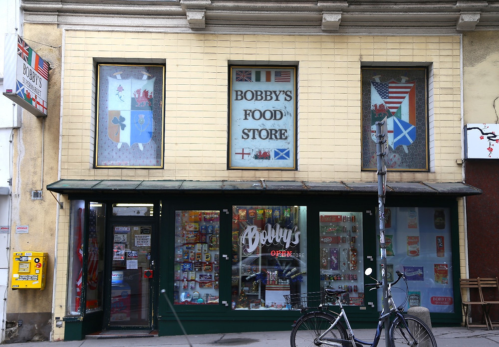 Bobby's food store