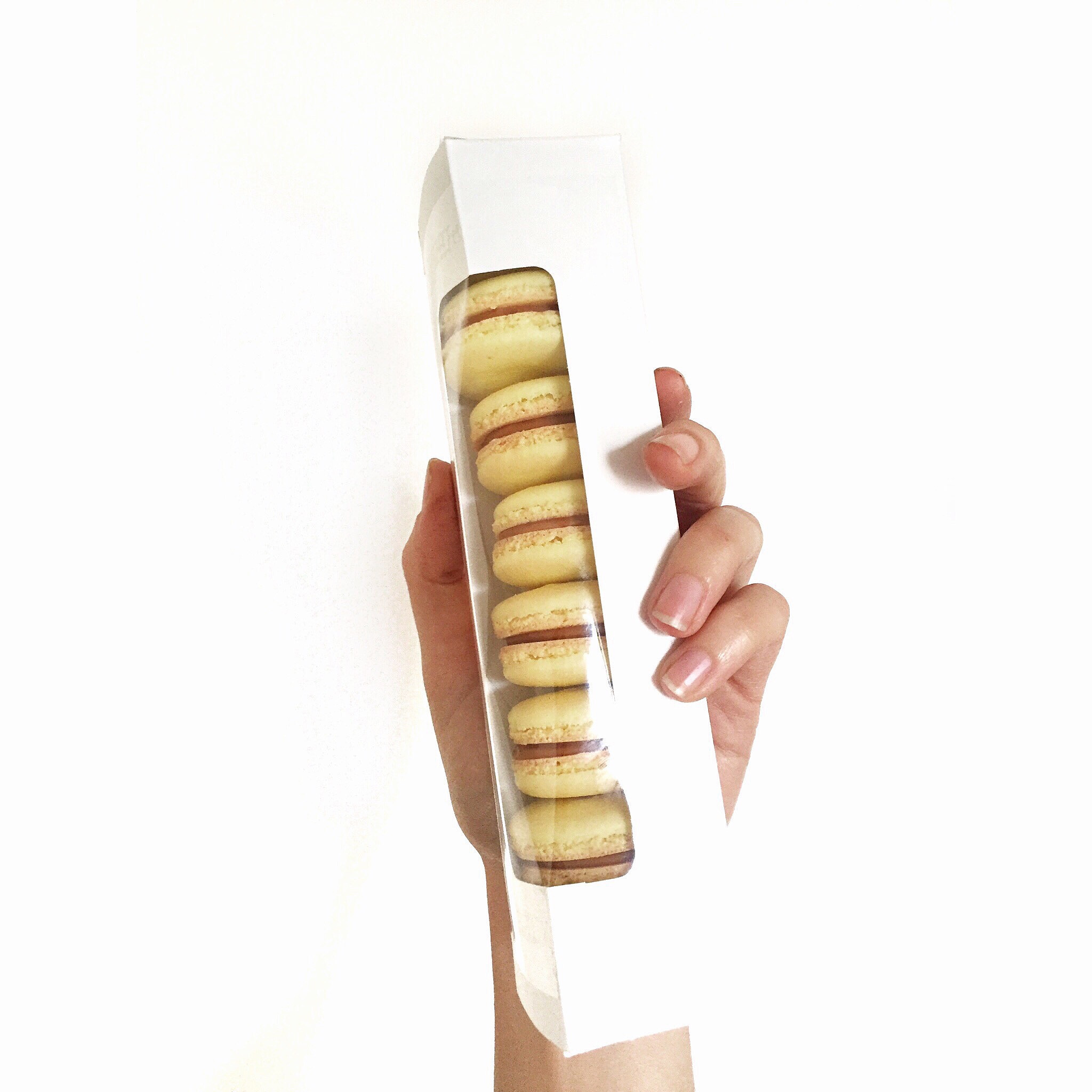 Valentines Day macaron Pick-Up