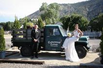 Cottonwood Cottage Wedding with Mojo.jpg