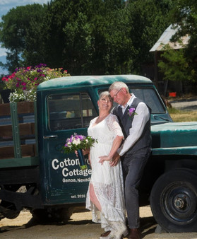 Cottonwood Cottage Wedding Genoa