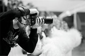 Gold Events va pune la dispozitie servicii foto - video pentru evenimente si nunti in Bucuresti, Pitesti, Ploiesti, Targoviste, Gaesti, Slatina, Craiova, Valcea, Brasov, Sibiu, Predeal, Sinaia. Fotograf Nunta - Filmare Nunta - Fotografi Nunta - Filmari Nunti - Servicii Foto Nunta - Cabina Foto la Minut Inchiriere | Fotograf Nunta Pitesti - Fotograf Nunta Bucuresti - Fotograf Pitesti - Fotograf Bucuresti Evenimente | Video Nunta Pitesti - Filmare Nunta Pitesti - Filmari Nunti Pitesti, Bucuresti
