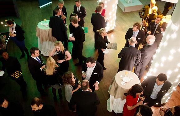 Petrecere corporate, petrecere firma, petrecere corporate bucuresti, petrecere firma bucuresti, petrecere corporate program artistic