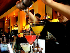Gold Events va ofera show-uri spectaculoase 'Bartender Show' pentru orice tip de eveniment. Barmani profesionisti - Show Barman - Show Sticle Barman Evenimente Bucuresti, Pitesti, Ploiesti, Targoviste, Sinaia, Slatina, Craiova, Valcea, Brasov, Predeal, Sibiu. Barman Evenimente | Show Barmani Evenimente - Spectacol Barman Evenimente | spectacole barmani sticle show pahare bauturi flambate cocktail show barman Bucuresti, Pitesti, Barman profesionist Pitesti, Bucuresti - show barman Pitesti