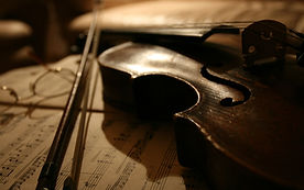 Gold Events va pune la dispozitie o baza de date impresionanta cu instrumentisti si cvartete de muzica clasica. Artisti muzica | Cvartet Muzica | Instrumentisti Muzica Clasica Evenimente - Violoncel, Viola, Vioara Evenimente - Trupa Muzica Clasica Bucuresti, Pitesti, Ploiesti, Targoviste, Craiova, Slatina, Valcea, Sibiu, Brasov. Muzica Clasica Evenimente - Muzica Clasica Nunta,  Muzica Clasica Eveniment Bucuresti - Artisti Muzica - Nunti - Trupe de Muzica Clasica - Cvartet Muzica Clasica Nunta
