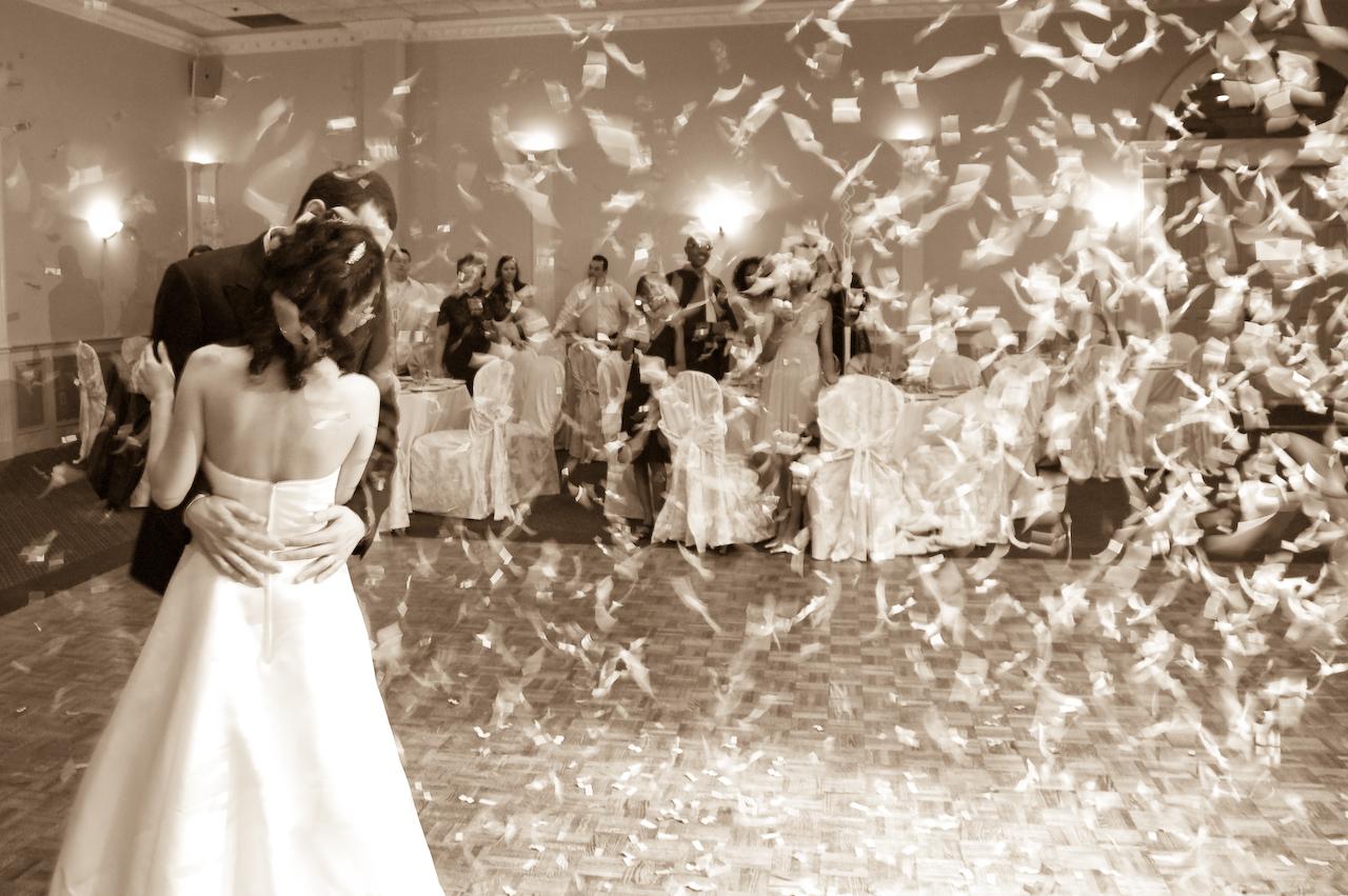 Efecte speciale nunta Tun Confetti