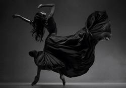 Trupa Cabaret Dans Dansatoare Fachir