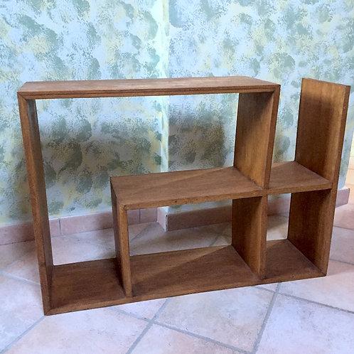 Eccentric Shelf