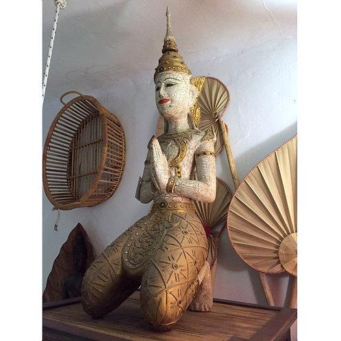 Theppanom Statue