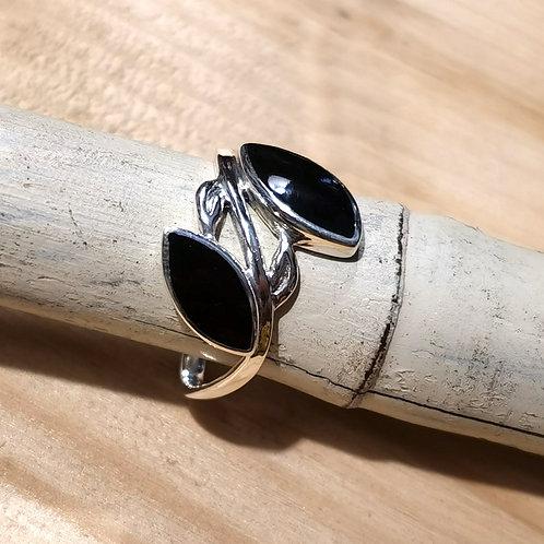 Shell Onyx Silver Ring