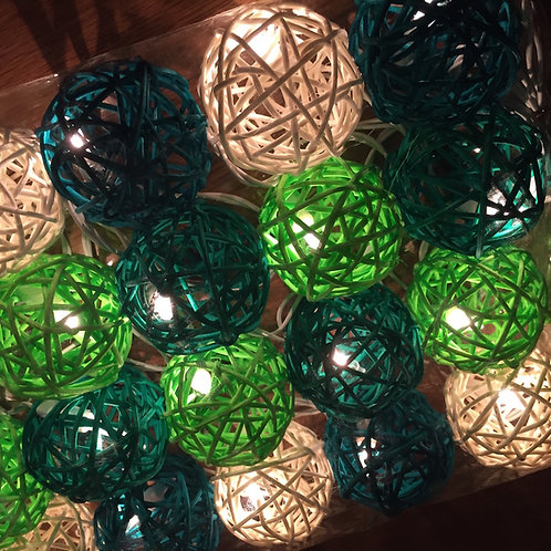Rattan Ball Deco Lamp