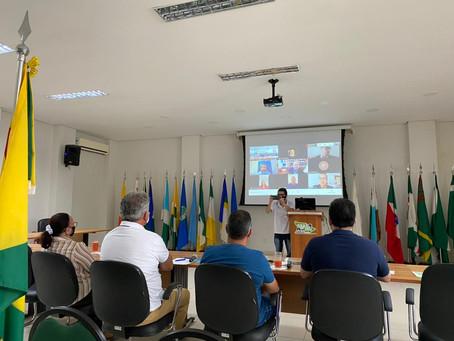 Senador Petecão participa de reunião com ministro para discutir sobre os imigrantes em Assis Brasil