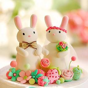 фигурки зайцев из мастики