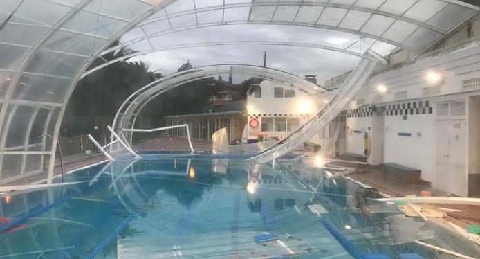 tenis piscina IMG_6477.JPG