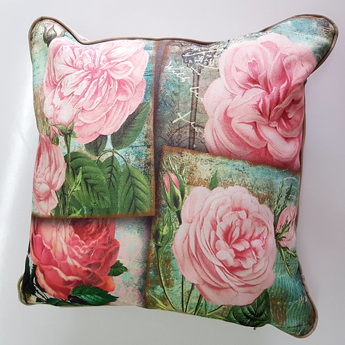 Декоративна възглавница /Rose Decorative Pillow