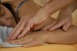 Akupunktmassage (APM) / Therapien
