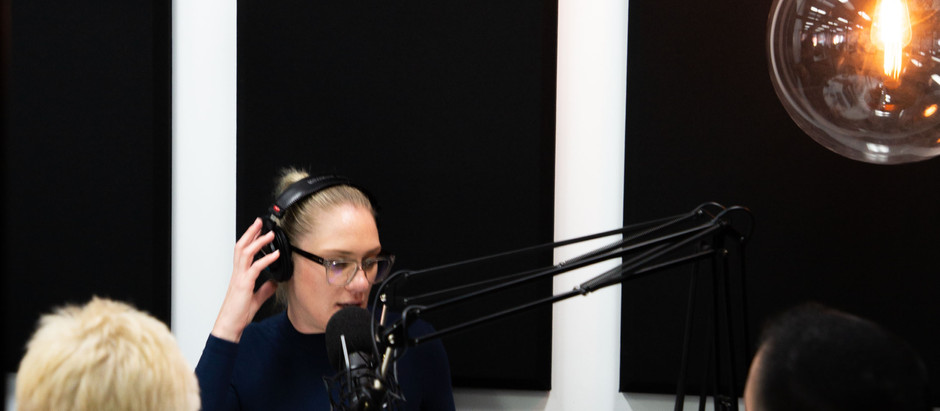 5 Reasons to start your own podcast