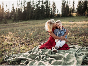 Zerr Motherhood Session | Cedar Breaks, Utah Photographer