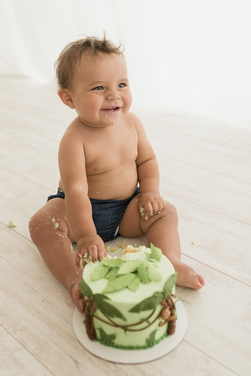 Cake Smash, Baby boy, Kids, children, Photographer, Photography Inspiration, Amanda Clark, Utah, Southern Utah, Natural Light Studio
