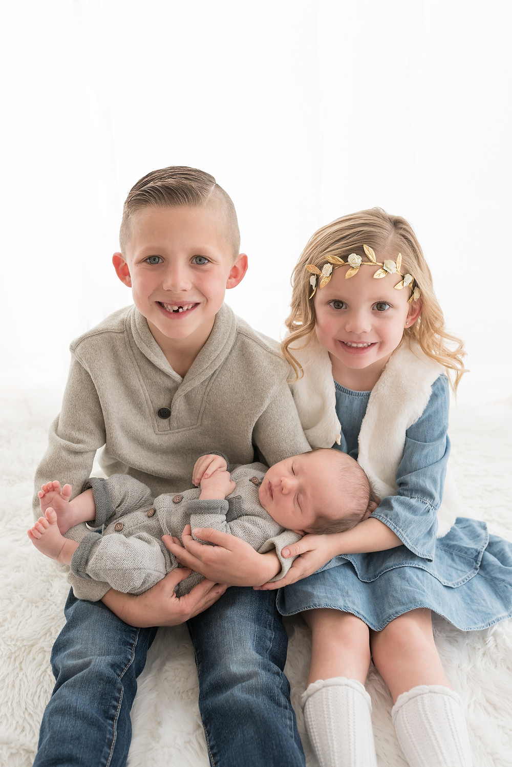 Newborn Photo, Siblings, Cedar City Utah, Studio Photographer