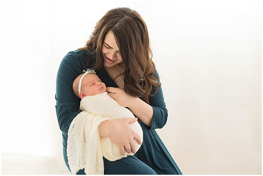 Mama and me, Newborn, Organic Studio, White, southern Utah, Studio, Cedar City Photographer