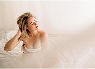 A boost of confidence White Sheet style | Cedar City, UT Studio Photographer