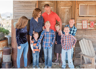 Bealer Family at Red Acre Farm | Southern Utah Photographer