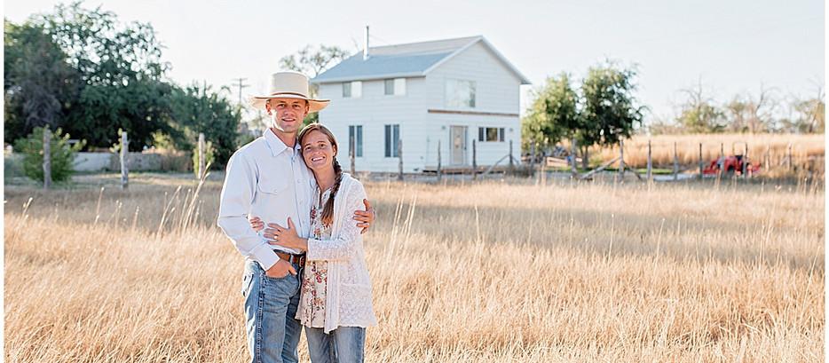 A Home Built On Love and a Prayer Family Photos | Cedar City Utah