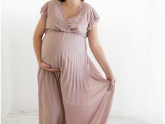 Allison Pregnant with twins | Southern Utah Studio Photographer