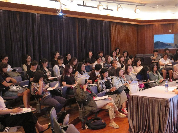 音樂講座及大師班 Music Teacher lecture by HKMFY