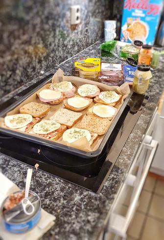 Lämpimiä voileipiä.jpeg