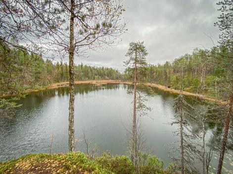Leiriviikonloppu Kuusamon maisemissa (10/2020).jpg