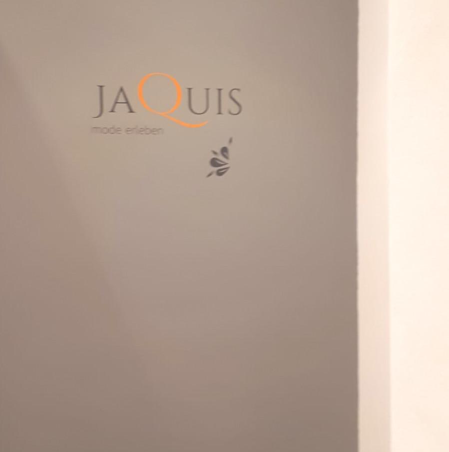 Neugestaltung Jaquis Modegeschäft