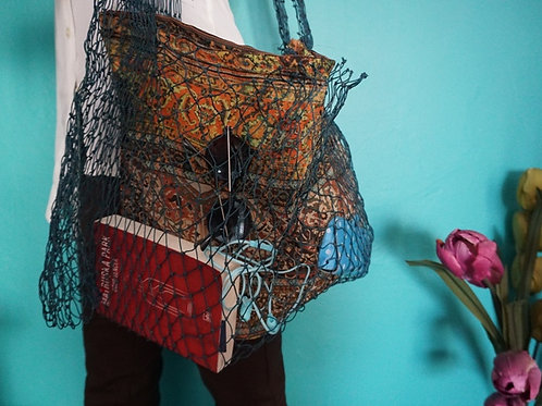 beach bag in fishing net