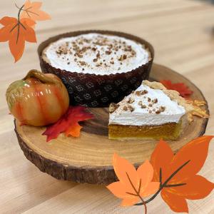 Pumpkin Pie- leaves.png