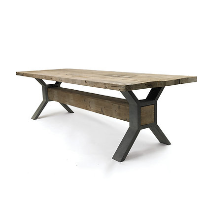 Relaimed Wood Table