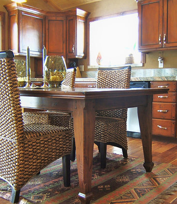 Classic Alder Dining Table