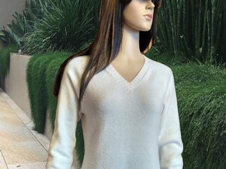 Пуловер из нежнейшего швейцарского кашемира  Lang Yarns Cashmere Lace