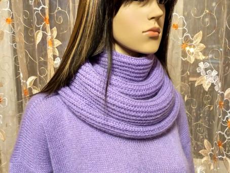 Удлиненный свитер-туника и снуд.  Итальянская пряжа CAMELOT SOFT 44% суперкид мохер, 19% шерсть, 37%